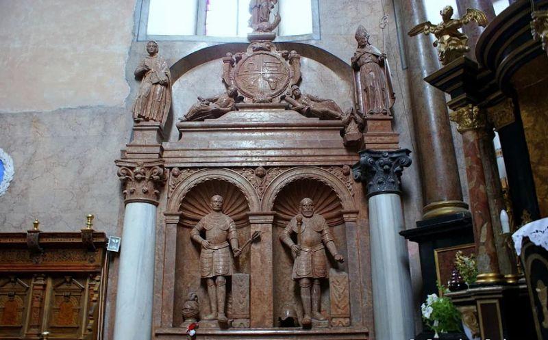 84416859d Костел Святого Лаврентия, Жолква — фото, описание, карта