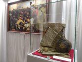 Оригинальные предметы с картины Репина «Запорожцы пишут письмо турецкому султану» и где их искать