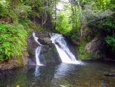 Тростян, водоспад Гуркало, козяча ферма