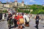 Фестиваль Форпост у Кам'янці, пароплав по Бакоті, Хотин, Вертеба