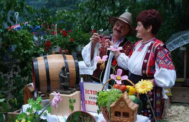 Переможцями конкурсу вин на «Угочанській лозі-2016» стали ....?
