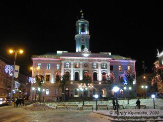 Чернівецька ратуша, Чернівці