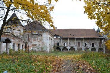 Pomoriany Castle