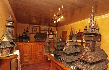 Museum layouts wooden churches