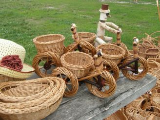 Basket weaving center, Iza