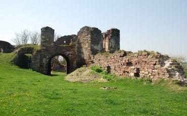 Замок Творовських, Підзамочок