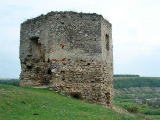 Руины замка, Высечка