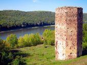 Замок у селі Раковець