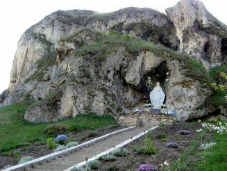Рукомишські печери