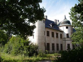 Manor Naryshkin-Shuvalov in Talne