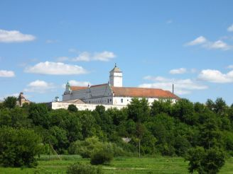 Бернардинський монастир, Ізяслав