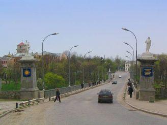 Новоплановский мост, Каменец-Подольский
