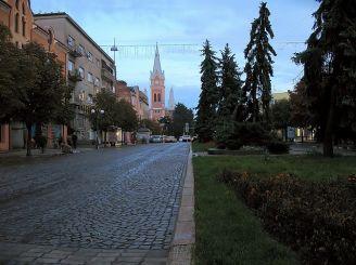 Площа Кирила і Мефодія (раніше площа Миру), Мукачево