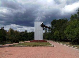 Monument to heroes-pilots Enakieve