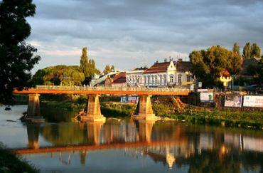 Пішохідний міст, Ужгород