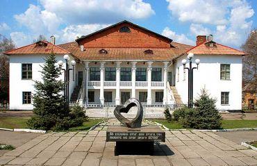 Кімната-музей писанкарства та розвитку народних ремесел