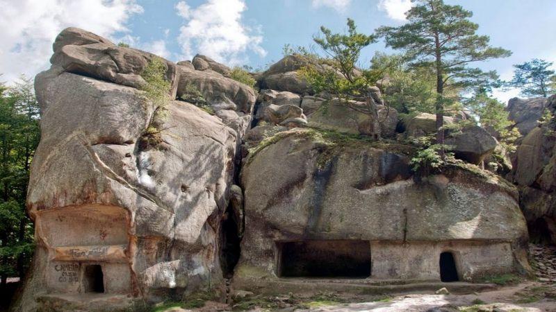 Скельно-печерний комплекс «Скелі Довбуша», Бубнище — фото, опис, адреса