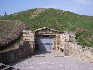 Melek-Chesmensky mound