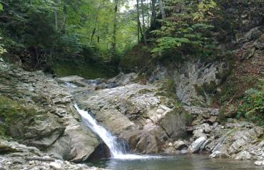 Водопад Любижнянский Гук
