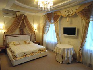 Готельно-ресторанний комплекс Саксагань