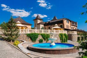 Отельно-ресторанный комплекс Шервуд, Пиковец