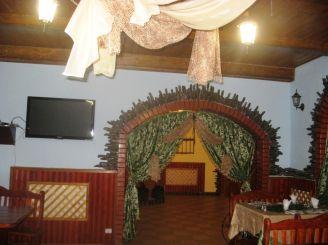 Ресторан Чишма, Хотин