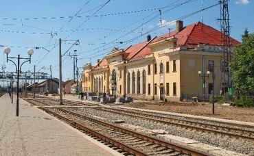 Залізничний вокзал, Мукачево
