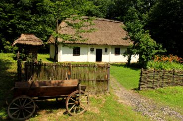 Museum of Folk Architecture Carpathians, Krylos