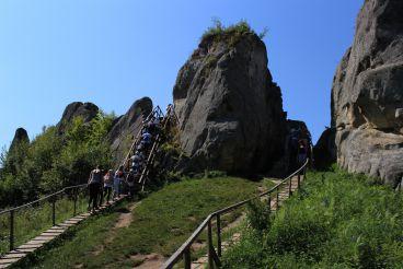 Урицкие скалы, Урыч