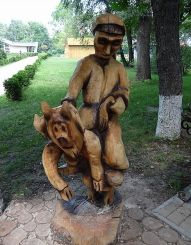 Аллея деревянных фигур, Миргород