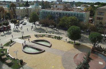 Майдан Небесной Сотни (площадь Париж), Винница