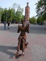 Скульптура Поэт, Винница