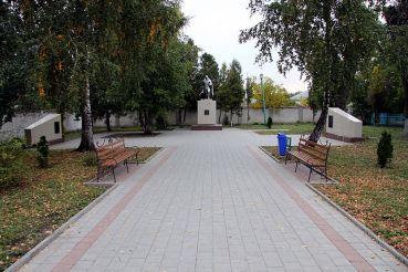 Братська могила радянських воїнів, Волочиськ