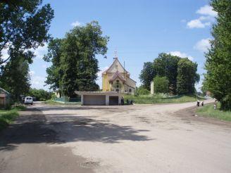Церква Святого Духа та дзвіниця