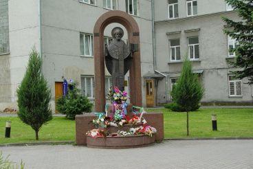 Monument St. Nicholas, Lutsk