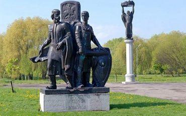 Памятники древнерусским князьям, Владимир-Волынский