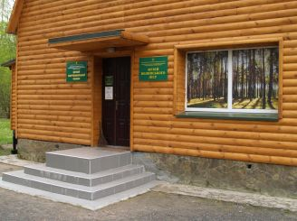 Музей волинського лісу, Лопатень