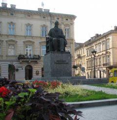Monument M. Hrushevskiy