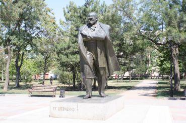 Памятник Т. Шевченко, Николаев
