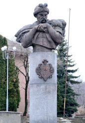 Monument to Bogdan Khmelnitsky, Saturday