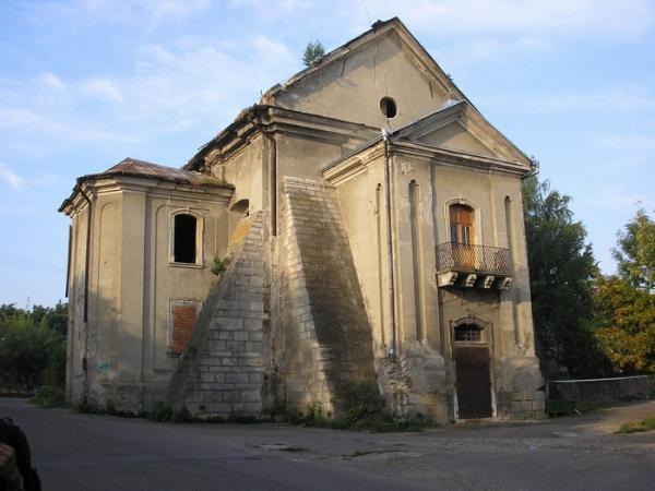 Вірменський костел, Городенка — фото, опис, адреса