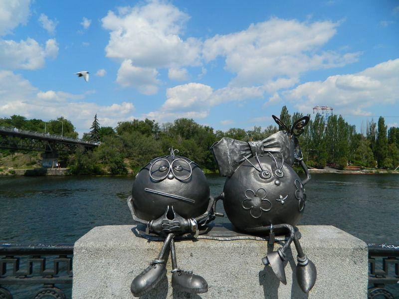 Скульптура Колобки, Днепр — фото, описание, карта