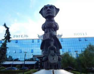 Sculpture Harry Houdini, Uzhgorod
