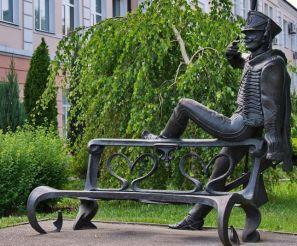 Пам'ятник поручику Ржевському
