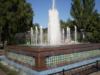 Музичний фонтан на кільці 44-го кварталу