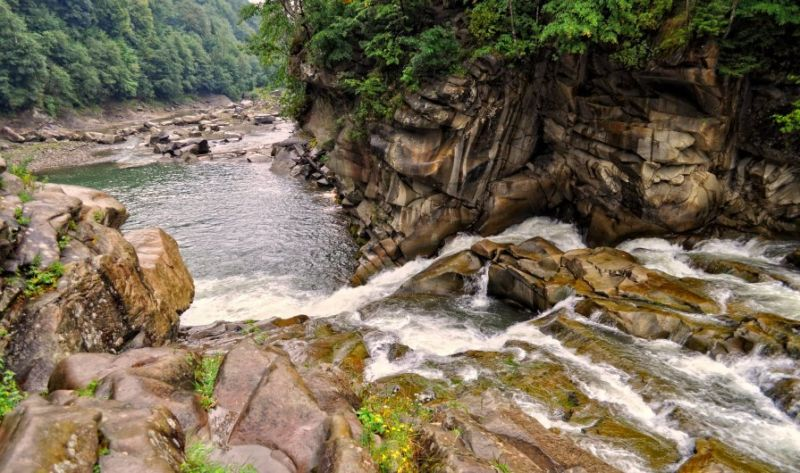 Водопад Пробий, Яремче — фото, описание, карта