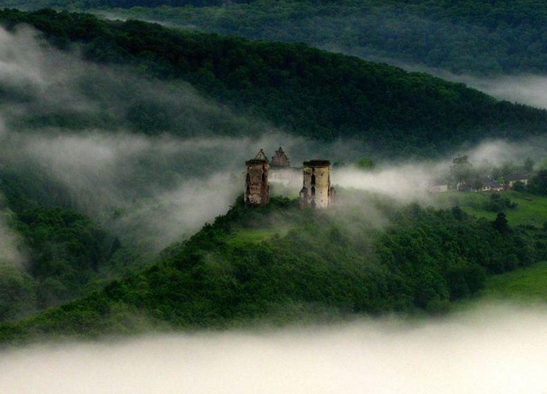 Червоногородский замок. Фото и описание Червоногородского замка, Червоноград .