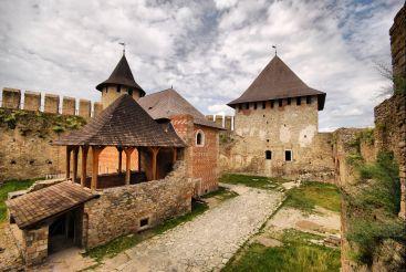 Хотинская крепость, Хотин
