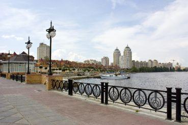 Оболонська набережна, Київ