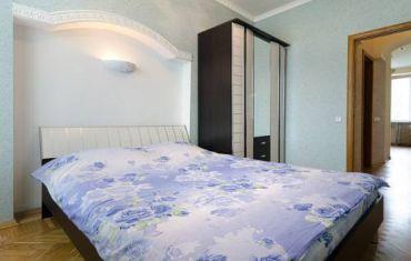 Apartments on Universitetskaya